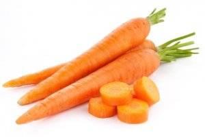 Чем подкормить морковь после всходов народными средствами