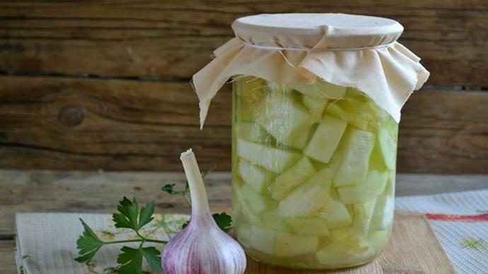 Пошаговый рецепт приготовления кабачков в масле на зиму