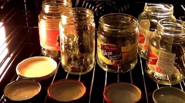 Как стерилизовать банки используя кастрюлю и духовку