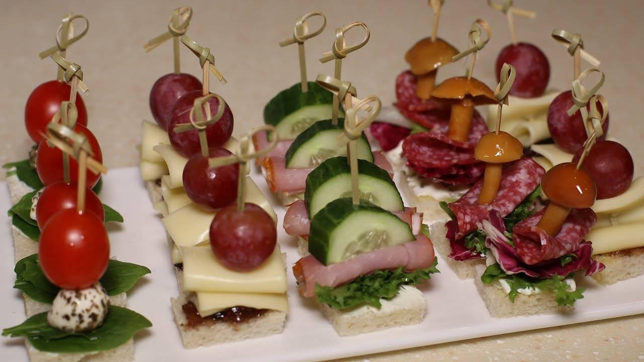 ТОП 35 лучших рецептов бутербродов на Новый год и правила подачи