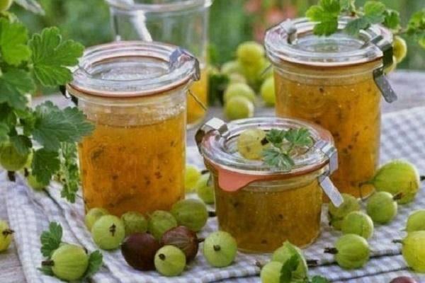Варенье из крыжовника с вишневыми листьями царское (изумрудное) — 5 самых лучших рецептов